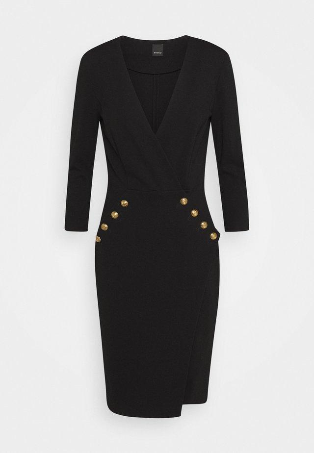 QUINTINO - Shift dress - black