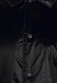 Rains - DRIFTER COAT UNISEX - Krátký kabát - black - 2
