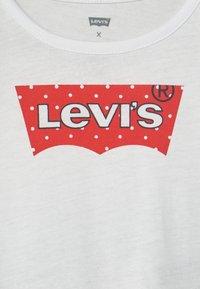 Levi's® - PEPLUM SET - Leggings - Trousers - white - 3