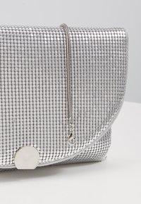 PARFOIS - Clutch - silver - 2