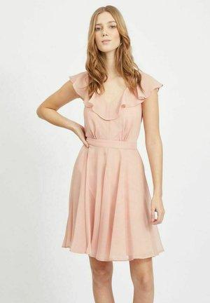 Korte jurk - misty rose