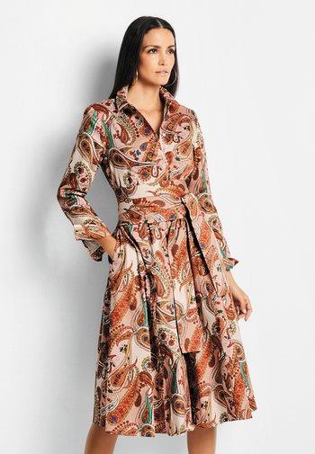 Shirt dress - kupferrot/multicolor