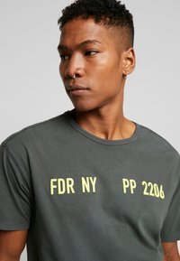 Replay Sportlab - T-shirt con stampa - dark green - 3