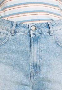JUST FEMALE - BAY BERMUDA - Denim shorts - light waterblue - 3