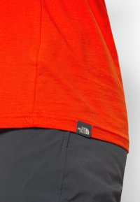 The North Face - EASY TEE - Langarmshirt - fiery red - 6