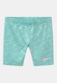 Nike Sportswear - BIKE SET - Shorts - tropical twist - 2