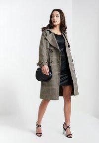 ONLY - ONLNEW MARGOT MIX DRES - Vestido ligero - black - 2