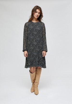 MAJ  - Day dress - powder blue dots
