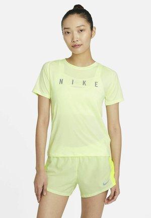 MILER  - Print T-shirt - barely volt