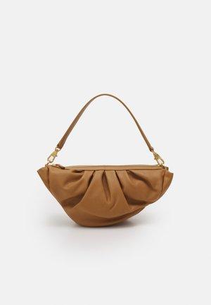 CROISSANT BAG - Handbag - beige