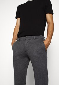 DRYKORN - SIGHT - Trousers - blau - 3