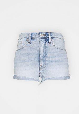 GOOD CURVE SHORT RAW HEM - Denim shorts - blue