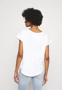 True Religion - BOXY CREW NECK PALM TREE  - Print T-shirt - blanc - 2