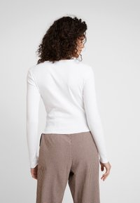Gina Tricot - VERA - T-shirt à manches longues - off white - 2