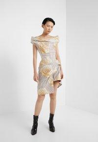 Vivienne Westwood - DEVANA DRESS - Sukienka koktajlowa - natural - 1