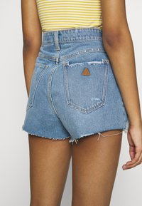 Abrand Jeans - HIGH RELAXED - Jeansshorts - miss jane - 5