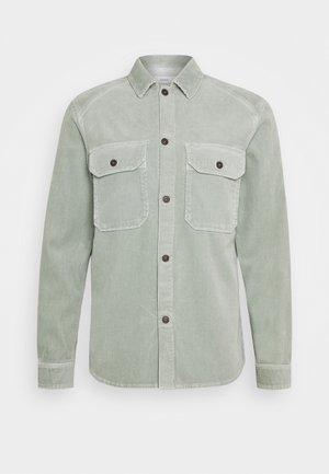 ARMY OVER SHIRT - Shirt - celadon green