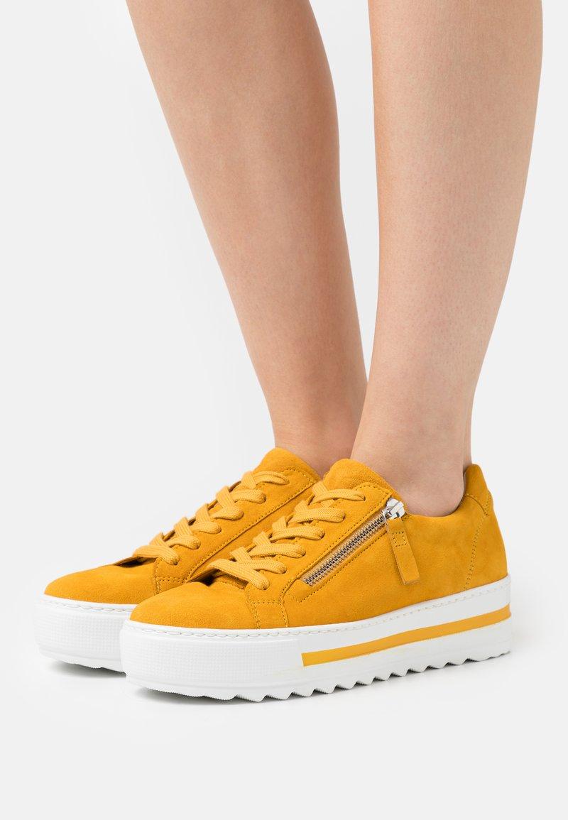 Gabor Comfort - Trainers - mango