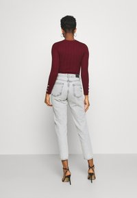 Missguided - BUTTON CUFF CREW NECK - Trui - burgundy - 2