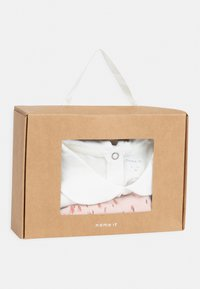 Name it - NBFNOMI GIFTPACK BABY SET - Baby gifts - snow white - 4