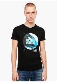 Q/S designed by - Print T-shirt - grey / black - 0