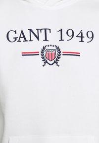 GANT - 1949 CREST HOODIE - Luvtröja - eggshell - 5