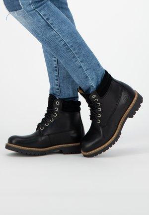 LJOSLAND - Veterboots - black