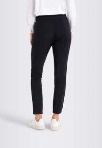 MAC Jeans - Tracksuit bottoms - black - 1