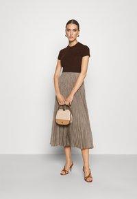 Polo Ralph Lauren - PAPA SHORT SLEEEVE DAY DRESS - Jumper dress - brown - 1