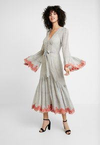 We are Kindred - ARGENTINA SHIRT DRESS - Denní šaty - flamenco - 0