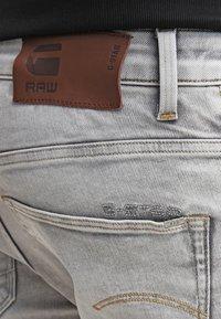 G-Star - 3301 STRAIGHT - Straight leg jeans - kamden grey stretch denim - 5