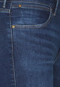 Wrangler - BOOTCUT - Bootcut jeans - authentic love - 2