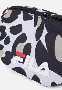 Fila - WAIST BAG LEO - Bum bag - white - 3