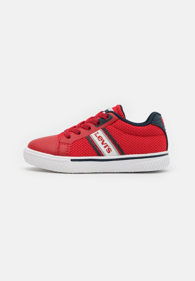 FUTURE  - Trainers - red/navy