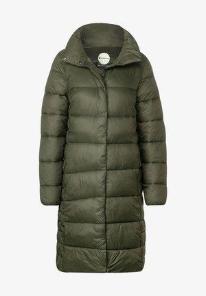 MIT STEPPUNGEN - Winter coat - grün