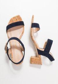 Stuart Weitzman - ALEXANDRINE  - Sandaalit nilkkaremmillä - nice blue - 3