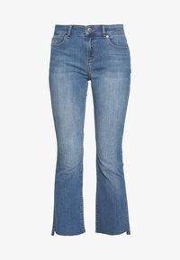 JOHANNA KICK WASH LINZ - Široké džíny - denim blue