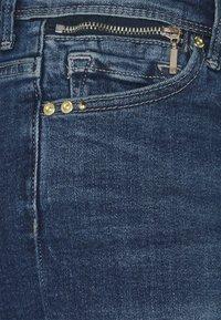 ONLY - ONLISA LIFE ZIP - Jeansshorts - medium blue denim - 2