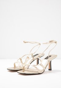 River Island Wide Fit - Sandals - gold - 4