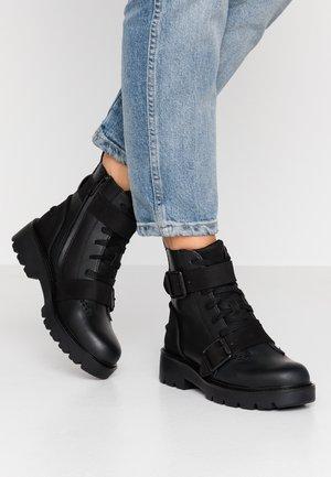 NOE - Cowboy/biker ankle boot - black