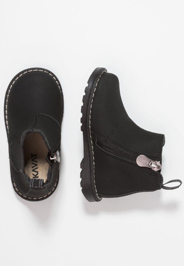 NYMÖLLA  - Korte laarzen - black