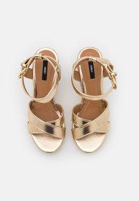 ONLY SHOES - ONLAMELIA LIFE STITCH  - Platform sandals - gold - 4