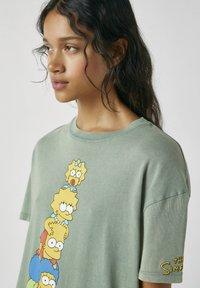 PULL&BEAR - Print T-shirt - green - 3