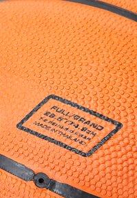 Nike Performance - DOMINATE  SIZE 7 - Basketbal - amber/black/platinum - 2