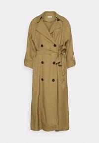 RAMELLE - Trenchcoat - golden beige