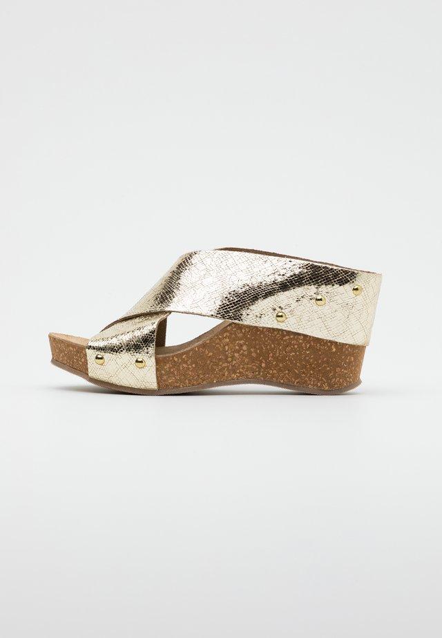 VENERE - Heeled mules - platino