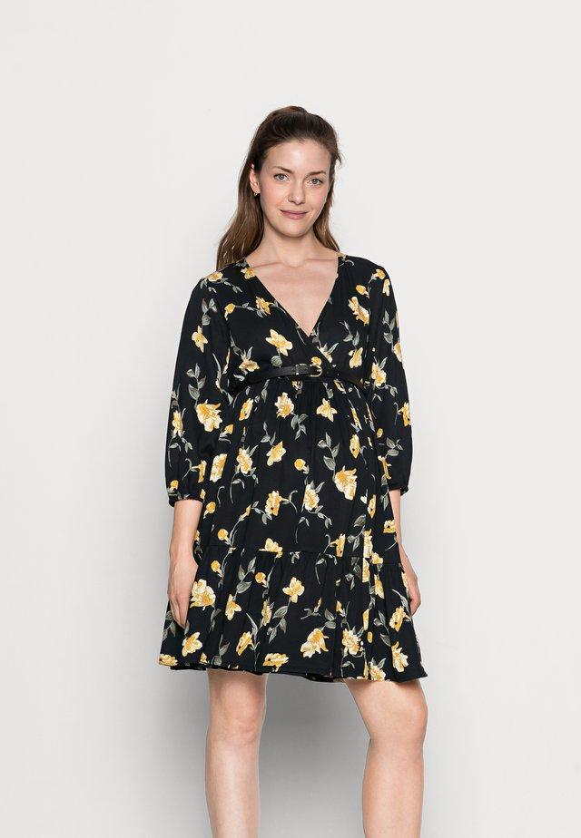 PCMGLYDA WRAP DRESS - Sukienka letnia - black
