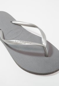 Havaianas - SLIM FIT - Pool shoes - grey/silver - 2