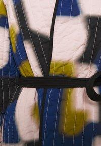 CLOSED - BRITT - Summer jacket - icy verbena - 3