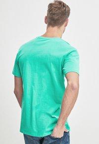 Next - Basic T-shirt - green - 2